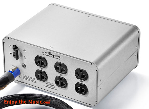 Audience adeptResponse aR6-T4 Passive Power Conditioner Review With Audience's frontRow powerChord